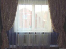 Радиатор белый Zehnder в доме
