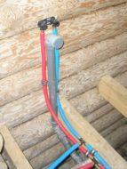 Монтаж водопровода в деревянном доме