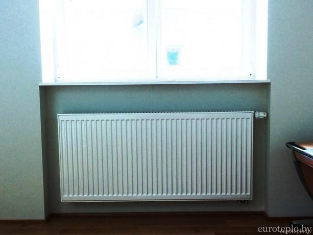 stalnoy-radiator-v-dome