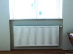 Стальной радиатор в доме